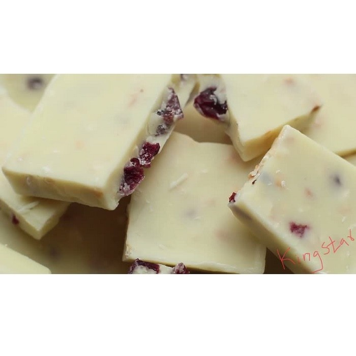 White Raisin Chocolate