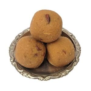 Dryfruit Besan Laddu